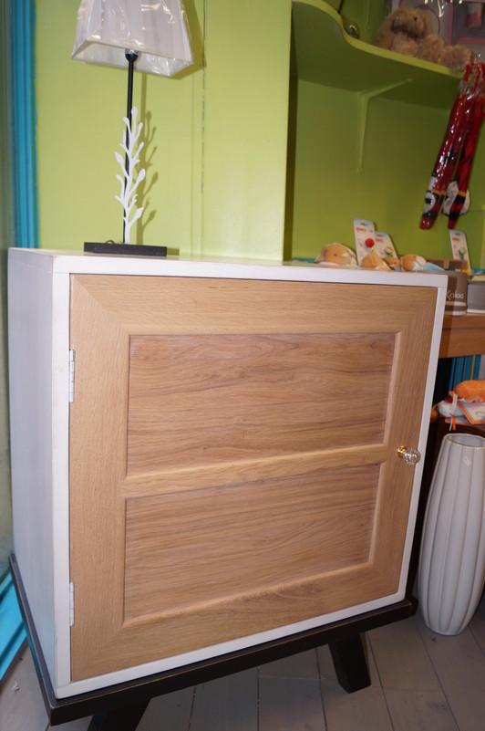 confiturier sur pieds maison et jouets 35 magasin de meubles de fin de serie cuisine et. Black Bedroom Furniture Sets. Home Design Ideas