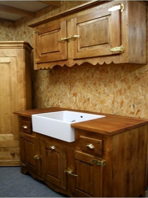 cuisine maison et jouets 35 magasin de meubles de fin de serie cuisine et jouets en bois. Black Bedroom Furniture Sets. Home Design Ideas