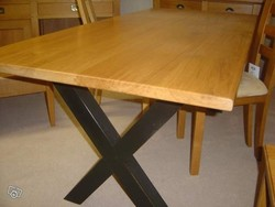TABLE PIED CROISILLON